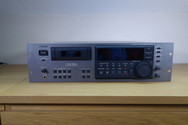 Sony PCM-R500 grabador/reproductor DAT profesional