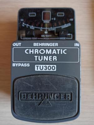 Behringer Chromatic Turner Tu 300