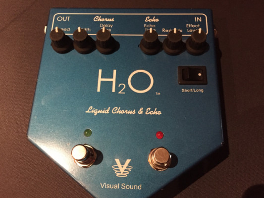 Pedal Visual sound H2O. Chorus+Delay