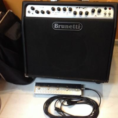 Brunetti MC2, amplificador combo 60W a válvulas