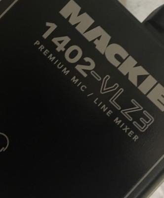 Mesa de mezclas Mackie 1402 VLZ3