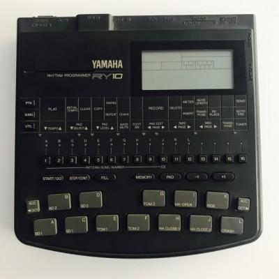 Caja de ritmos - YAMAHA RY10
