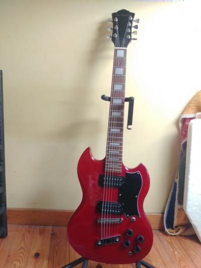 Guitarra DeArmond 7 cuerdas tipo sg