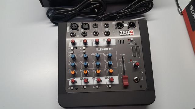 Mesa de Mezclas DJ allen&heath