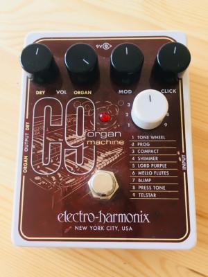 Electro Harmonía C9 Organ machine