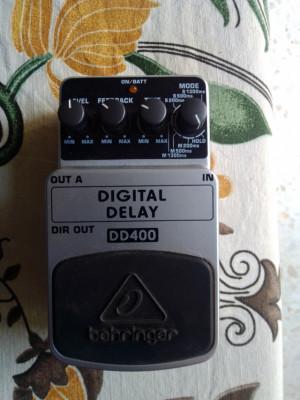 Behringer DD400