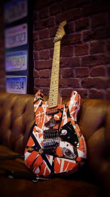 Frankenstrat, Firma original Van Halen.  VER DESCRIPCIÓN