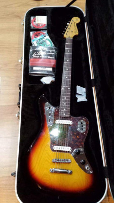 Fender Jaguar Baritone Custom 2006 con Novaks