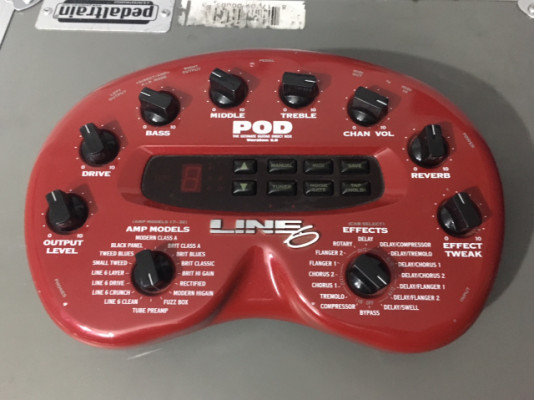 POD 2. 0 + PEDALERA MIDI ROLAND
