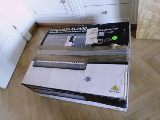 VENTA O CAMBIO Behringer XENYX XL2400