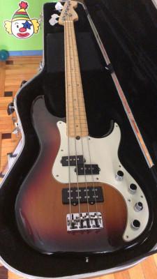 Fender Precision American Deluxe 2004