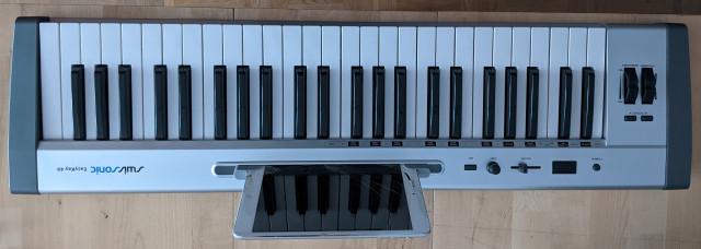 Vendo: Teclado Controlador MIDI Swissonic Easy Key 49
