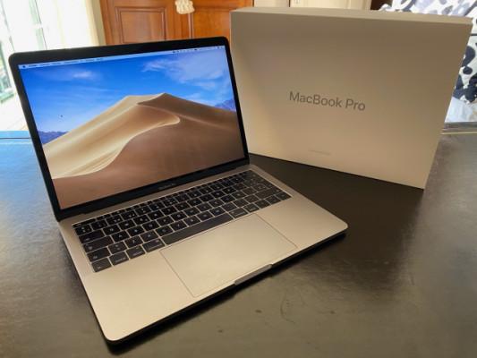 """MacBook Pro 13"""" 2016 Gris Espacial"""