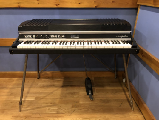 RHODES MARK II STAGE PIANO 73