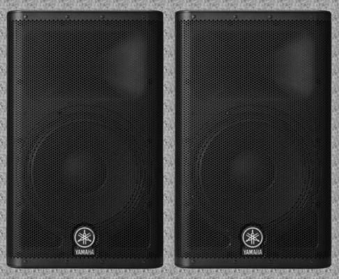 """Yamaha DXR12 Altavoces Activos """"Sep2017 (Vendido uno con funda))"""