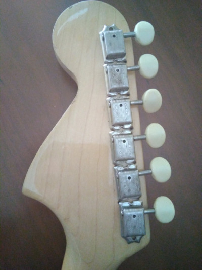 Vendo y Cambio clavijero kluson año 1966 por ampli o  pastillas de guitarra