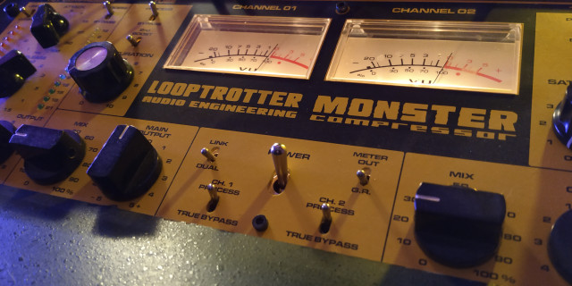 Looptrotter Monster stereo compressor