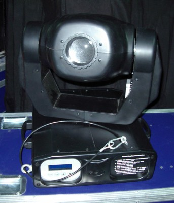 4 cabezas móviles Stage Lighting + 2 Flight Cases