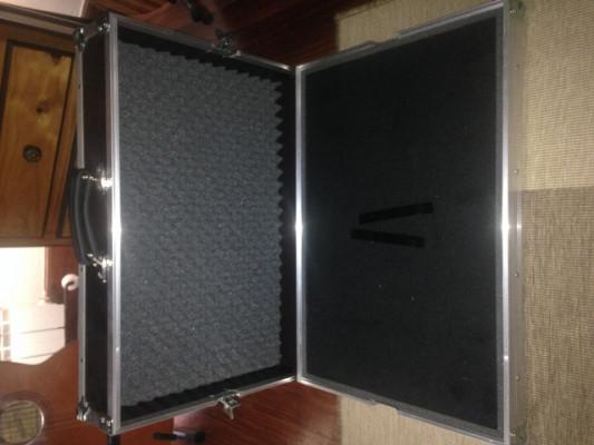 CAMBIO!! pedalera flight case pedalboard