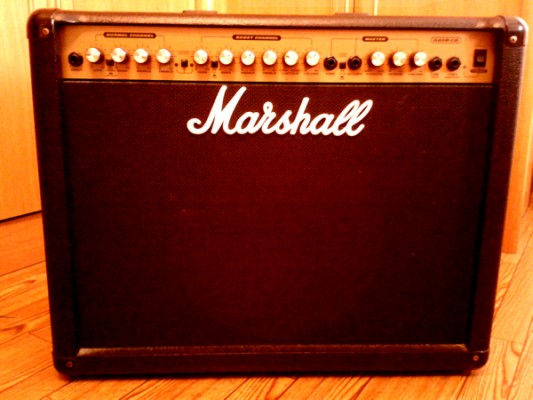 "Marshall GR80 CD, 2 canales, Celestion 12"" 80W"
