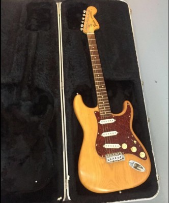 Fender stratocaster ´75