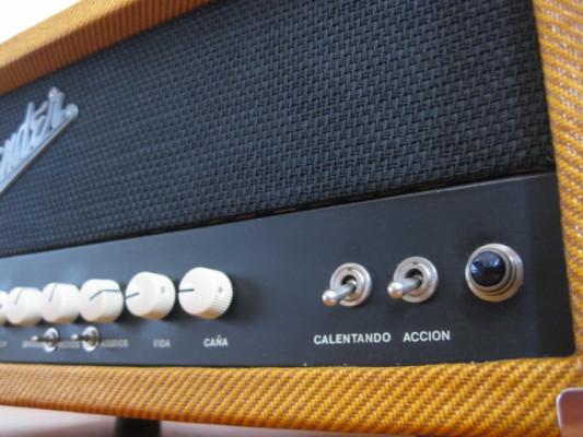 "RESERVADO - Cabezal 100% válvulas 40W tipo Fender + Pantalla 12"""