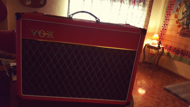 Vox ac15 red edition