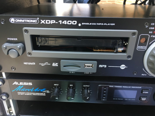 Reproductor CD Omnitronic XDP-1400