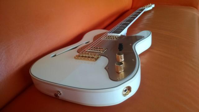 Fender Telecaster White Falcon (Edición limitada) RESERVADA