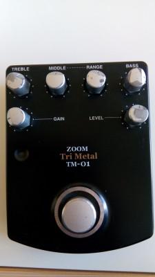 Pedal descatalogado Zoom Tri Metal TM-01