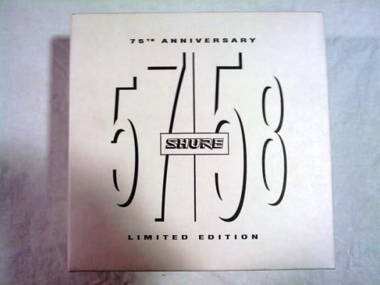 Estuches con Shure SM57/58 75º Aniversario.
