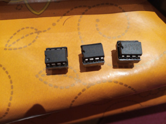 OPAmps National Semiconductor LM308N y CA3130E con zócalos
