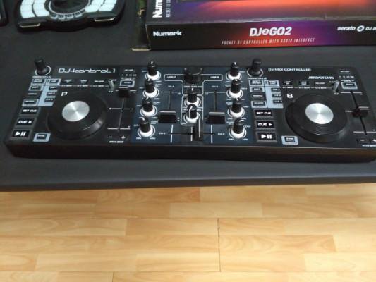 JBsystems - DJ KONTROL 1
