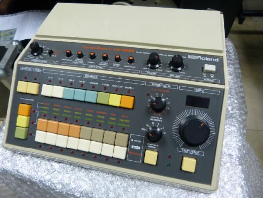 Caja de ritmos analógica Roland CR-8000