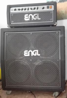 Cabezal Engl Screamer con pedalera Z4