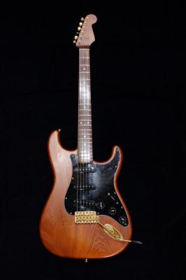 Fender '62 Stratocaster ST62 Walnut Stain 1993