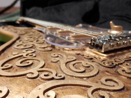 Guitarra Martper Guitars Gold Glam Stratocaster