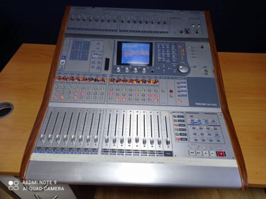 Tascam DM3200 mesa digital