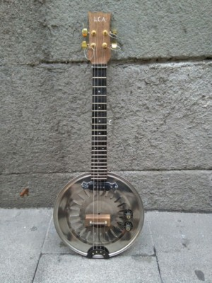 The Frying Pan Cigar Box LCA Guitar