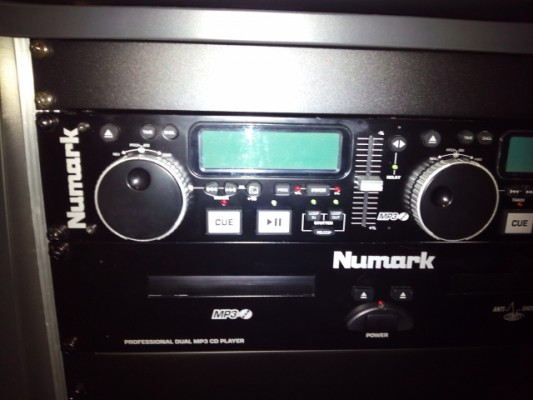 Doble CD Rack Numark MP302