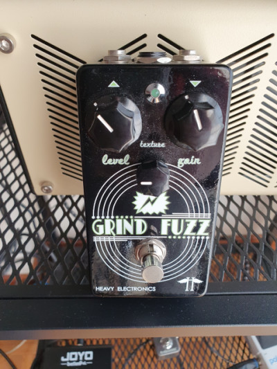 Heavy electronics fuzz