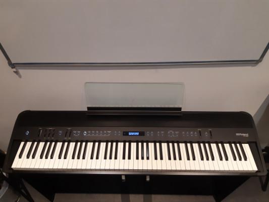 Piano Roland FP90