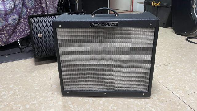 Amplificador Fender Hot Rod DeVille 212