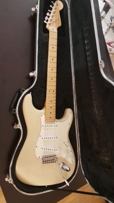 Fender stratocaster highway one 750.    REBAJADA a 700.