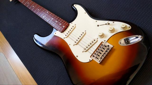 Guitarra Starfire Performer by EKS (Japonesa de los 80s)