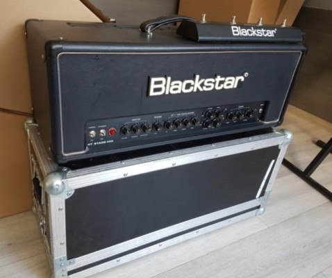 BLACKSTAR STAGE HT 100 +  flight-case