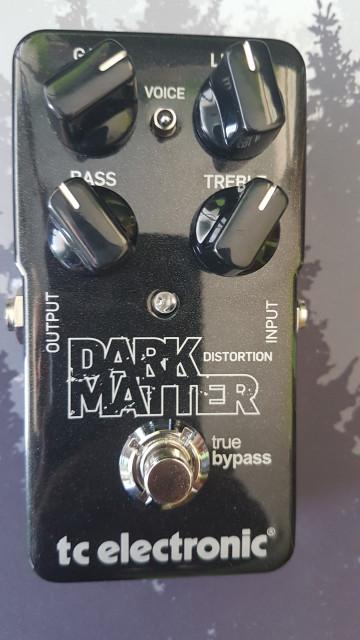 DARK MATTER. Pedal de distorsión.
