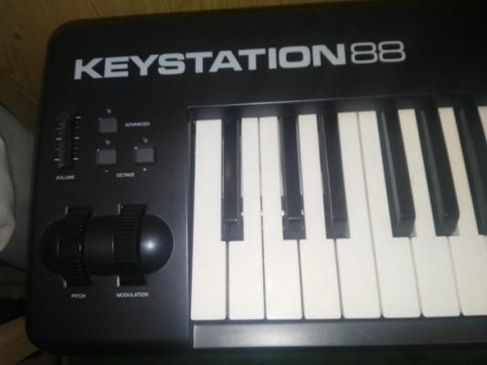 Teclado Controlador midi M-Audio Keystation 88