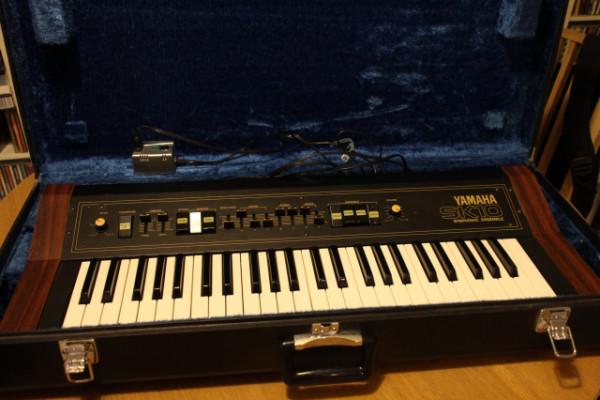Sintetizador / string machine Yamaha SK10