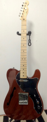 Telecaster Thinline Classic Vibe de Squier by Fender